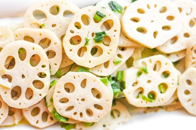 Stir-fried Lotus Root with Green Onions: This classic Chinese stir fry dish makes for an excellent vegan side dish at your dinner table | aheadofthyme.com