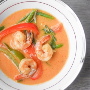 Thai Coconut Red Curry with Prawns: This coconut red curry recipe is easy, quick, and full of flavour! On your table in less than 25 minutes, dinner has never been so easy! | aheadofthyme.com