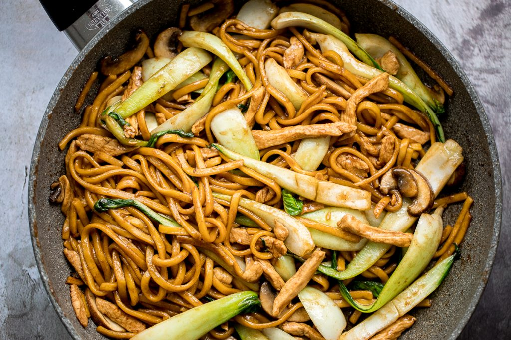 Shanghai Style Fried Noodles Ahead Of Thyme