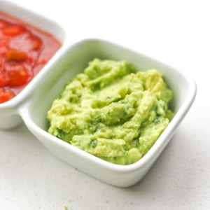 Easy Basic Guacamole: Incredibly tasty, this easy and basic guacamole takes less than 5 minutes to make. It is the perfect dip for your Mexican-style meal today! | aheadofthyme.com