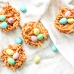 No Bake Butterscotch and Peanut Butter Bird's Nest Cookies: Spring is in the air and Easter is right around the corner. This calls for a batch of adorable no bake butterscotch and peanut butter bird's nest cookies | aheadofthyme.com
