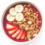 5-Minute Super Berry Smoothie Bowl