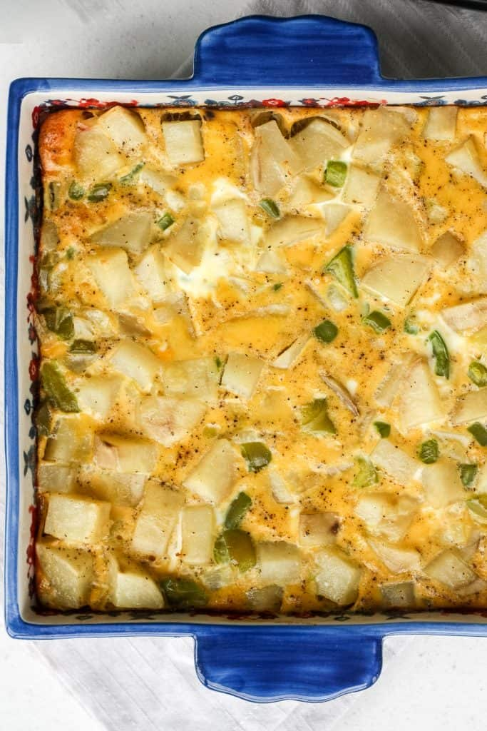 Whether you are feeding your own family or entertaining a large number of guests, this vegetarian egg and potato breakfast casserole is a huge hit at brunch. | aheadofthyme.com