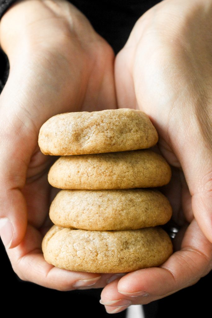 The best classic soft and chewy peanut butter cookies are puffy and thick, stay soft for days, and melt in your mouth. Make them in under 20 minutes.   aheadofthyme.com