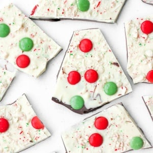 Chocolate and Peppermint Christmas Bark: Chocolate and peppermint Christmas bark is the perfect treat this holiday season to wow your family and friends. | aheadofthyme.com