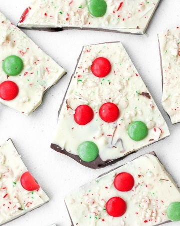 Chocolate and Peppermint Christmas Bark: Chocolate and peppermint Christmas bark is the perfect treat this holiday season to wow your family and friends.   aheadofthyme.com
