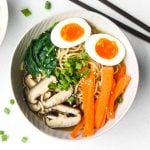 Put down that cup of instant noodles and make fresh, quick and easy vegetarian ramen in 15 minutes with fresh vegetables, noodles and authentic flavours. | aheadofthyme.com
