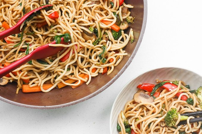 Say goodbye to take-out and make easy 15-minute lo mein at home using fresh and healthy ingredients!
