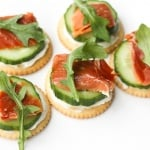 Smoked Salmon and Cream Cheese Cracker Bites