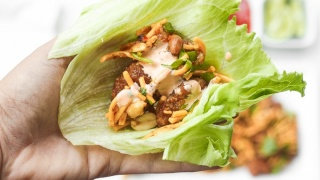 Szechuan Chicken Lettuce Wraps with