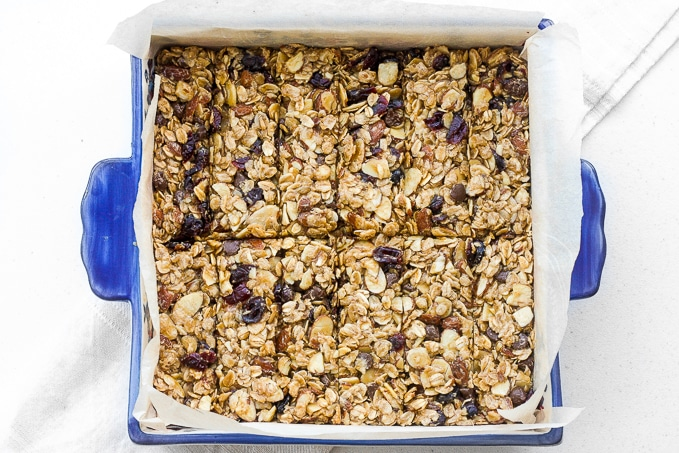 It's back to school and time to fill those lunch-boxes with chewy almond cranberry chocolate granola bars. They're healthy, vegan, and gluten-free!   aheadofthyme.com