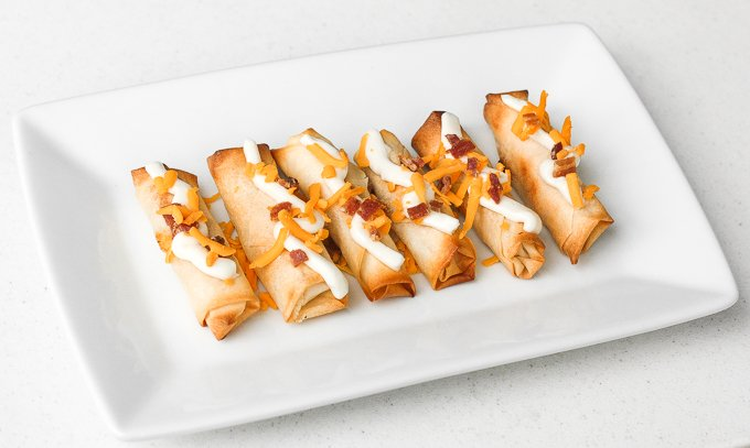 Baked mashed potato spring rolls combines the comforting flavours and textures of creamy mashed potatoes with a crisp crunchy layer of spring roll heaven. | aheadofthyme.com