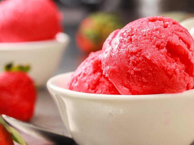 3-Ingredient Strawberry Sorbet ~ Ahead of Thyme