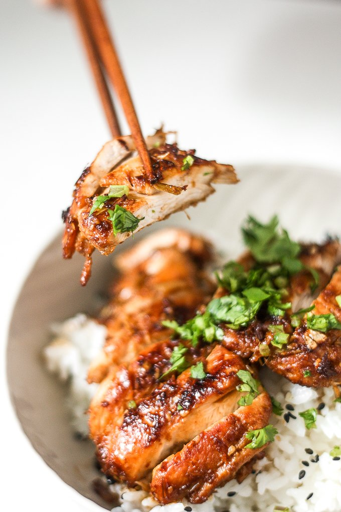 Aromatic Asian pan-fried lemongrass chicken is healthy, gluten-free, and takes less than 25 minutes to prep and cook! Now that's what I call the perfect weeknight meal. | aheadofthyme.com