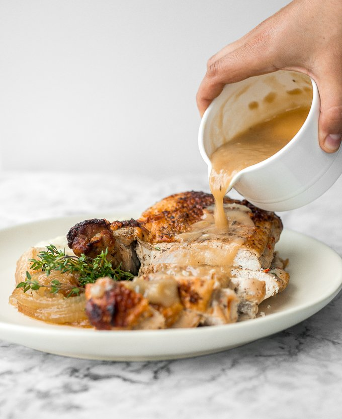 Thanksgiving is not the same without thick and delicious, classic homemade turkey gravy made using leftover drippings and homemade turkey stock. | aheadofthyme.com