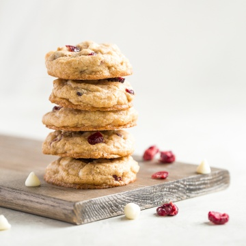 These are my favourite cookie recipes! You will find the perfect cookie to bake, including some gluten-free and vegan options.