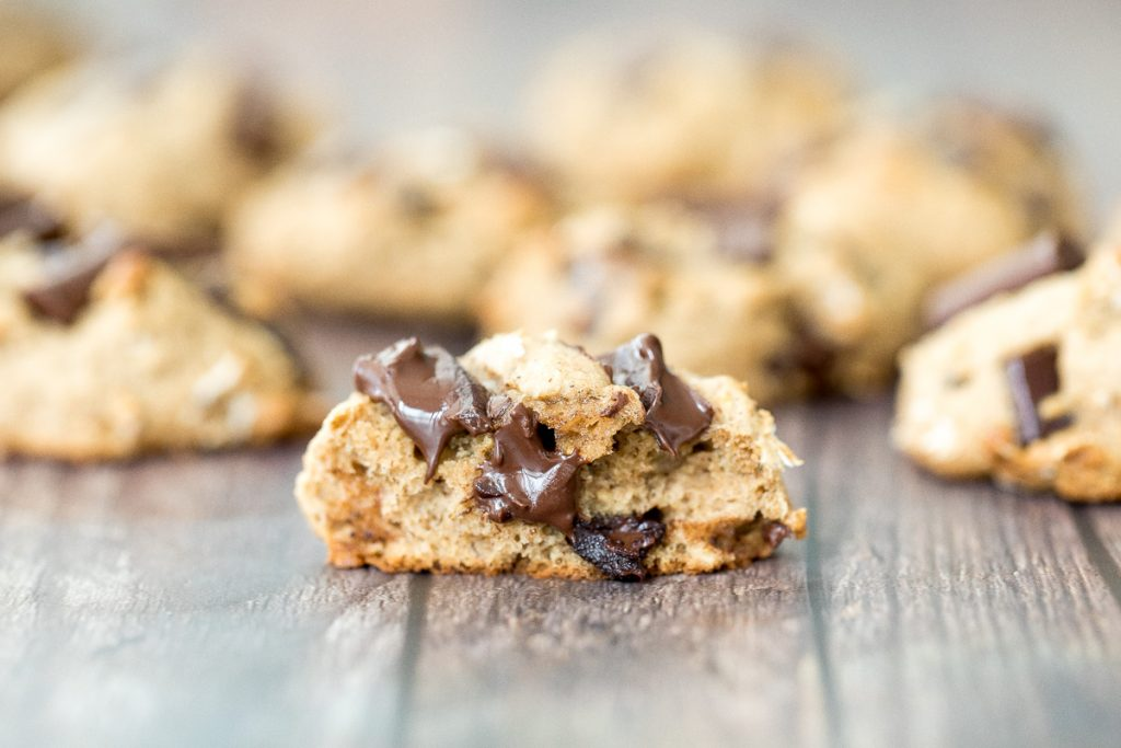 Brown butter oatmeal chocolate chip banana bread cookie bites are thick, fluffy, pillowy, cake-like little bites of banana bread heaven. | aheadofthyme.com