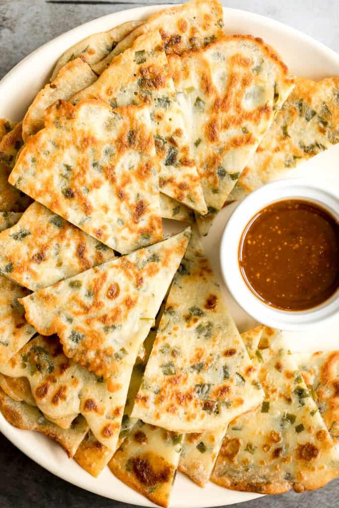 Don't let your sourdough starter go to waste, use your discard to make this easy one bowl recipe for crispy, light and fluffy, savoury chive pancakes.   aheadofthyme.com